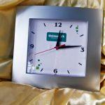 Relógios de parede personalizados Social prata Unimed